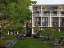 Sun-filled FF private queen room with ensuite in leafy block Alexandria Inner Sydney Preview