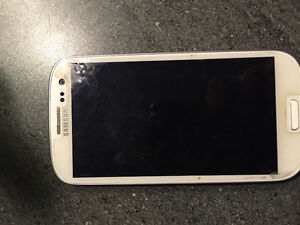 """5MONTH OLD SAMSUNG s4 BRAND NEW 400 Obo """"will let go cheap"""""""