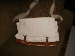 Canvas shoulder laptop satchel