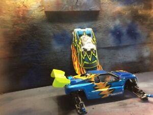 RC8T Truggy Race Kit $200