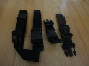 LOT OF 4 LUGGAGE STRAPS BUCKLES LUGGAGE ACCESSORIES London Ontario image 1