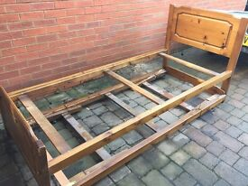Single bed extendable to double