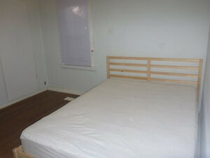 rooms for rent near queens university