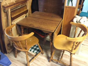 Drop Leaf Table w/ two chairs