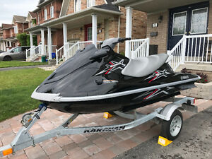 2010 YAMAHA VX110 Deluxe - Low Hours - Inc 2014 Galv Trailer