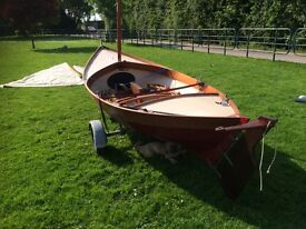 Sailing dinghy boat