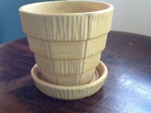 McCoy Pottery - flower pot