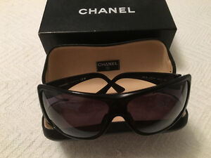 Chanel women sun glasses