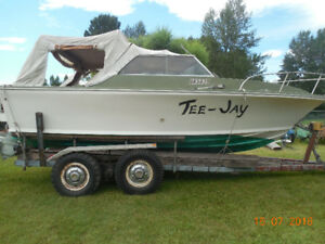 22 ft.  linnwood inboard boat and trailer