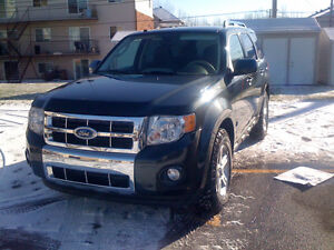 2009 Ford Escape Hybride, seulement 85000KM