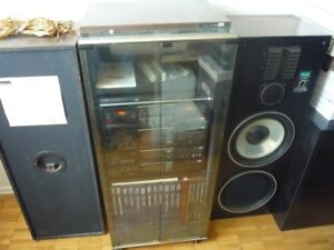 Vintage Audio System w/cabinet