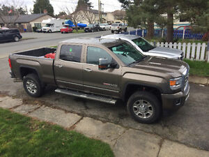 2015 GMC Sierra 3500 Fully loaded with leather Pickup Truck
