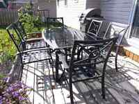 7 Piece Cast Aluminum Dining Table & Chairs