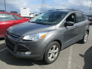2014 Ford Escape SE / HEATED SEATS/ BLUETOOTH / BACK UP CAMERA