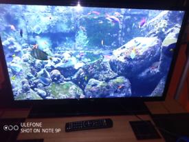 "32"" bush smart led tv with remote control"