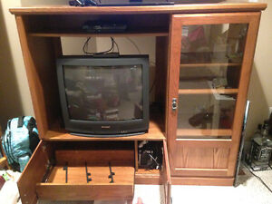 Solid Real Wood Entertainment Unit Kitchener / Waterloo Kitchener Area image 1