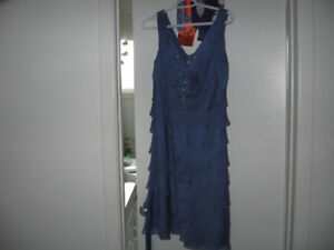Dress - Laura Petites