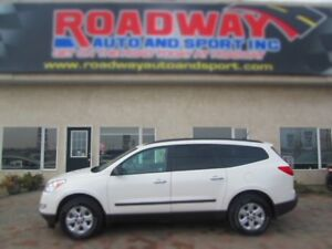 2011 Chevrolet Traverse LS/1SA AWD - PST PAID