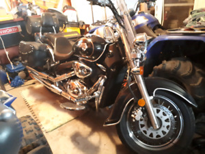 2004 Suzuki Volusia  $1800