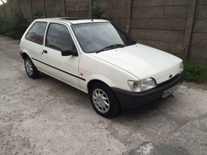ford fiesta 1995 n reg azura 12 months mot 66000 mint car in st helens merseyside gumtree. Black Bedroom Furniture Sets. Home Design Ideas
