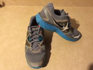 Women's Nike+ H20 Repel Linarglide 3 Running Shoes Size 9.5 London Ontario image 9