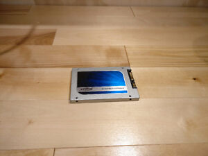 Crucial MX100 256 GB (FOR PARTS)