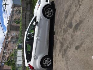 2015 Ford Fiesta/Bonne condition - Garantie 10 ans ou 200000 KM