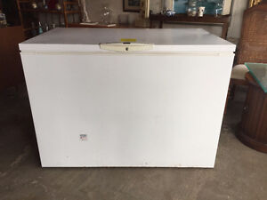 Deep Freezer       ****On Hold Pending Payment at 2pm Wed***