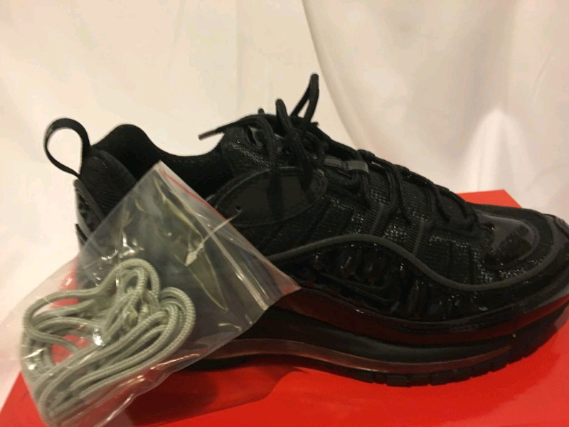 the best attitude 5f8f1 d309d NIKE AIRMAX 98 x SUPREME (SIZE 8)  DEADSTOCK    Men s Shoes   City ...