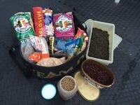 Carp Course Fishing Ground Bait Pellets Hook Bait & Team Daiwa Mixing Bowl