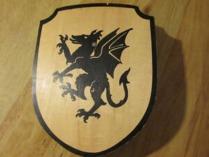Medieval Wooden Wood Shield Toy Costume Dragon Halloween Knight