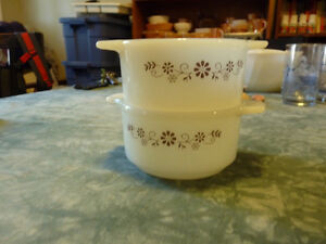 Vintage Soup Bowls and Custard Cup