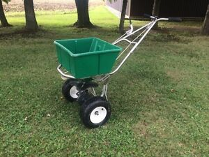 Fertilize Your Lawn This Fall