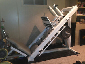Leg press with Olympic plates
