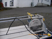 Sliding tile saw