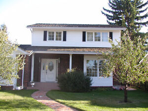 Beautiful 2 Storey House in Southgate