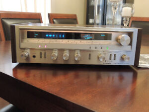 Vintage Pioneer SX-3500 AM/FM Stereo Receiver w/phono, 20 watts/