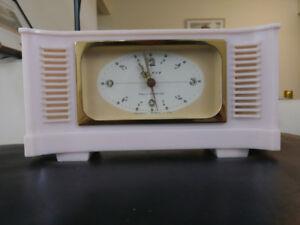 Very Rare - SELFIX Vintage Musical Alarm clock  - Pink