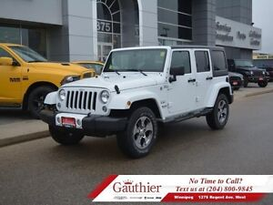 2016 Jeep Wrangler Unlimited Sahara 4x4 w/Heated Seats *LOCAL*