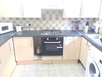 Nice double room in Finsbury Park just 165 pw no fees 2 weeks deposit