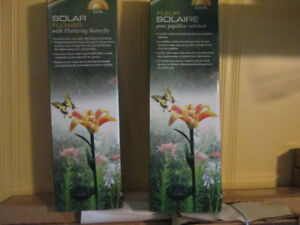 SOLAR FLOWER WITH FLUTTERING BUTTERFLY FOR SALE
