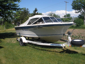 Wilker 17' Galaxie Runabout/fishing boat