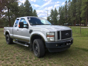 Truck F-250 for SALE