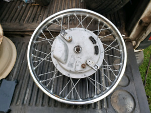 TRIUMPH CONICAL FRONT WHEEL 19 INCH