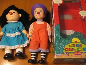 BIG COMFY COUCH MOLLIE AND LOONETTE DOLLS