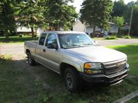 west island  pickup truck towing, moving / deplacer,demenagement