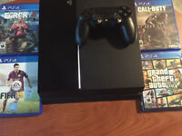 USED PERFECT CONDITION PS4 W/ 6 GAMES AND CONTROLLER