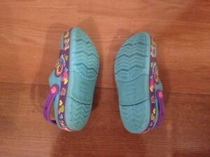 Kids Crocband lightup Butterfly Crocs - Juniors size 3 West Island Greater Montréal image 2