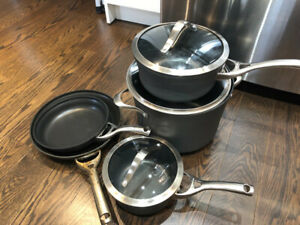 Calphalon pot set of 5 piece