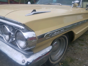 64' Ford Galaxie  500